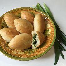 Домашние пирожки с луком и яйцом 1шт